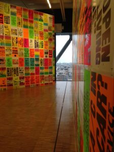 """The Singing Posters"" au Centre Pompidou"
