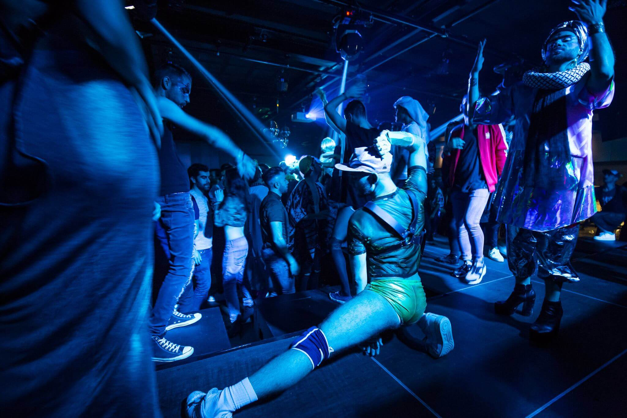 Cet t gar on sauvage lance son festival int rieur queer for Interieur queer